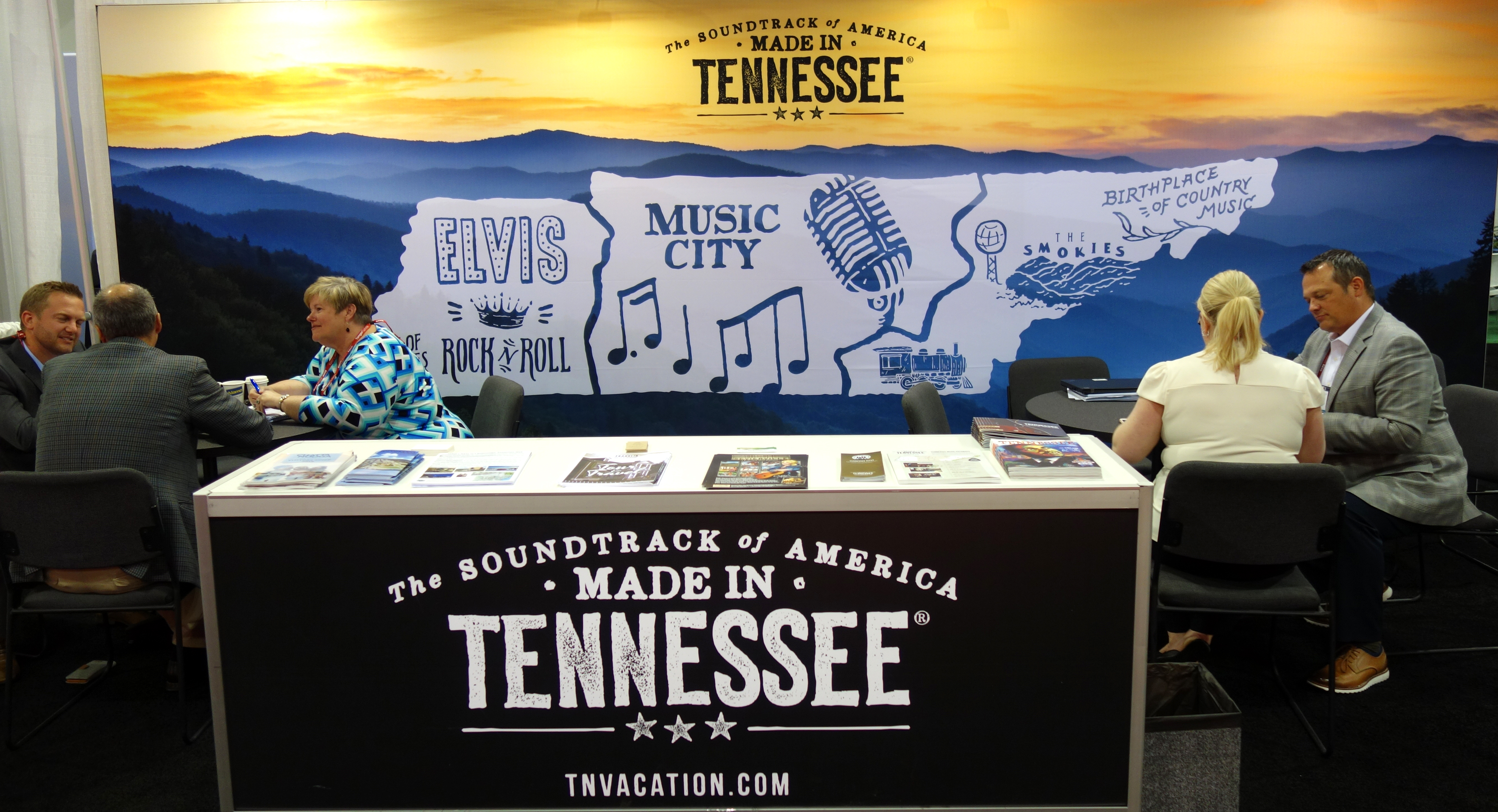 TDTD and Tennessee partners promote the state to tour operators and media at IPW.